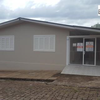 Casa com 2 pisos no centro de Marau, baixou o preço!!