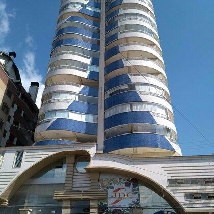 Vende-se lindo apartamento de alto padrão semi mobiliado no Centro de Marau