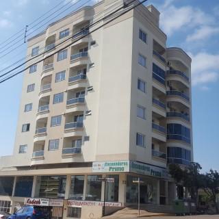 Aluga-se apartamento com 3 dormitórios em Marau