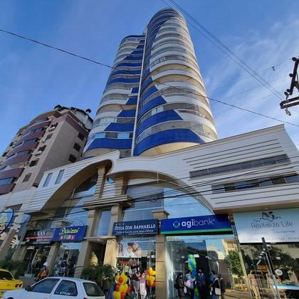 Vende-se apartamento de alto padrão semi mobiliado no Centro de Marau
